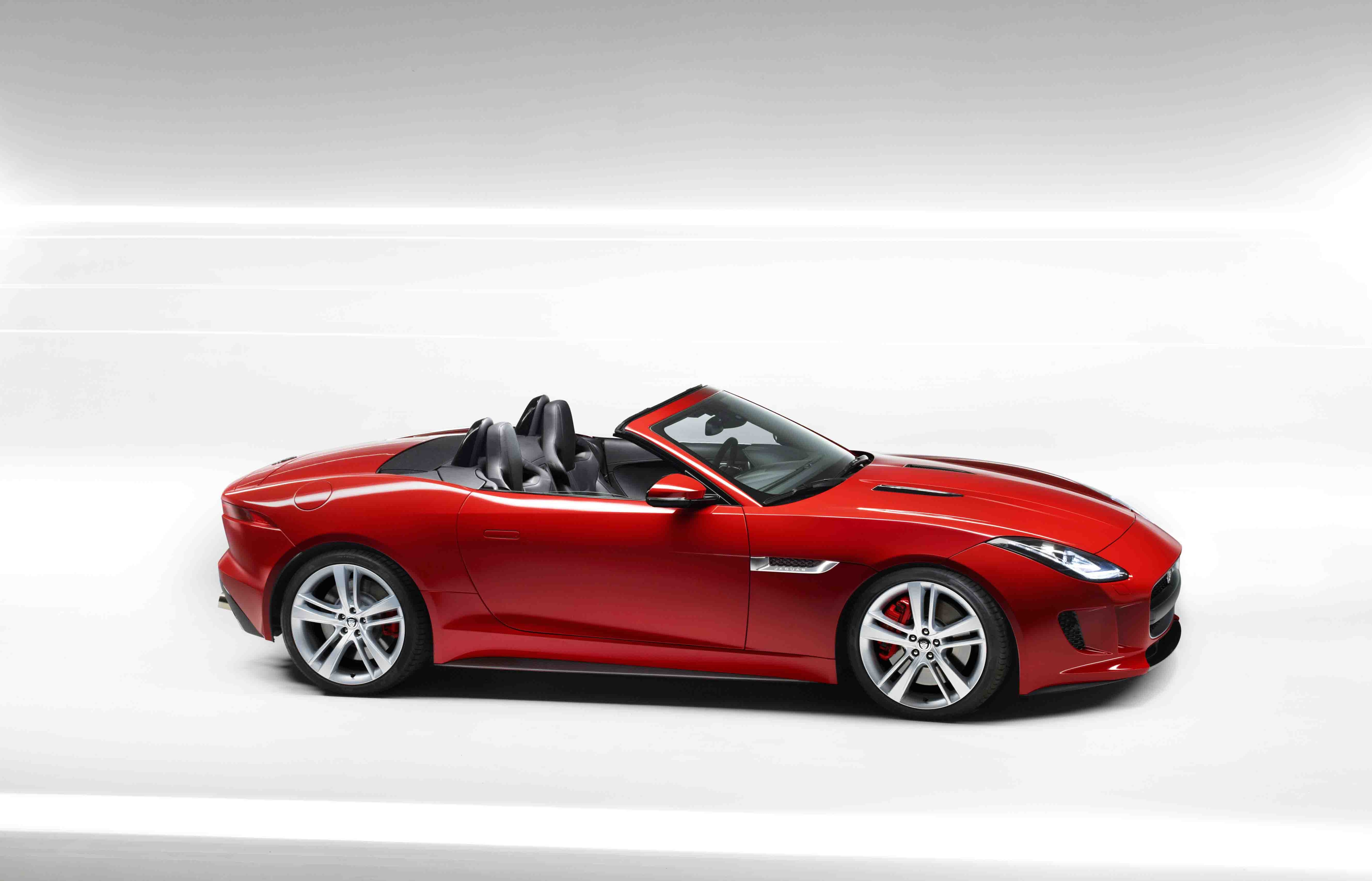 jaguar f type v8 s price in india features car specifications review. Black Bedroom Furniture Sets. Home Design Ideas