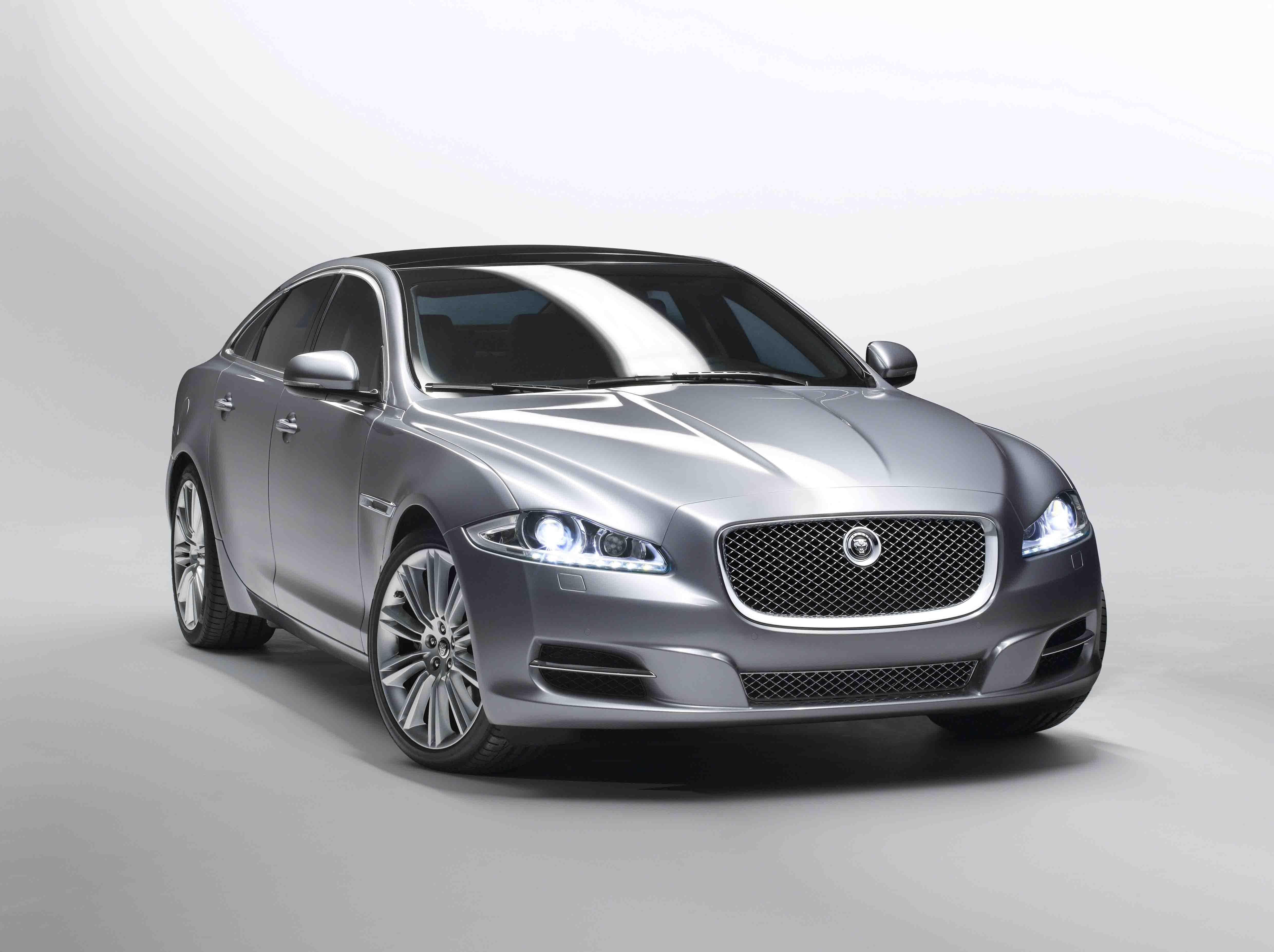 jaguar xj price in india review images jaguar cars. Black Bedroom Furniture Sets. Home Design Ideas