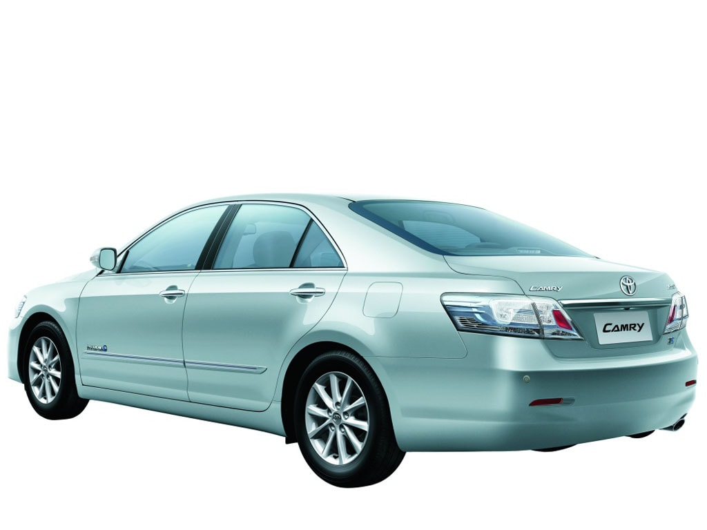 review cardekho toyota camry india price review images cars