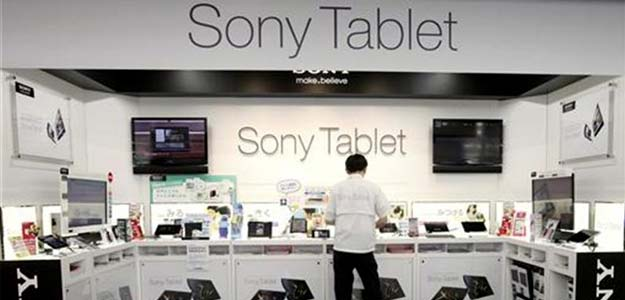 Sony eschews cheap tablets as it pursues Samsung