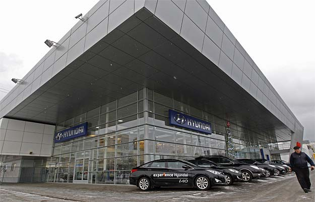 Hyundai forecasts lower sales by Indian unit in 2013
