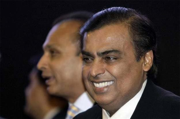 RCom signs Rs 1,200 crore deal with RIL's 4G arm, shares up 15%