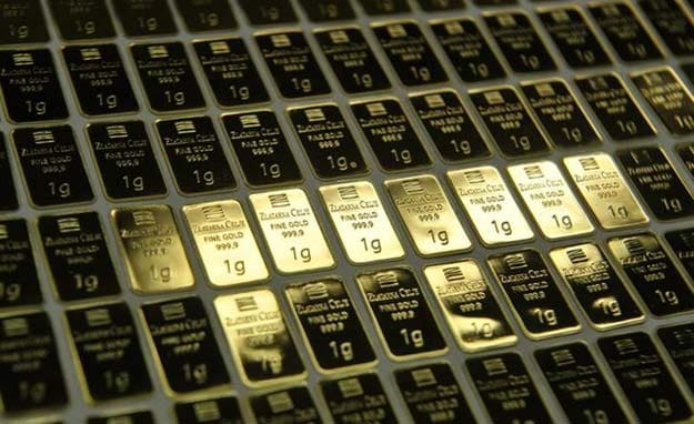 How to play it: make money with gold, despite the plunge