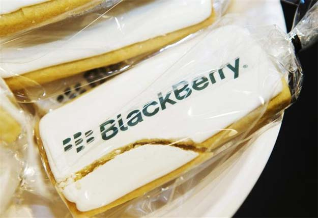 Cisco, Google, SAP discussing BlackBerry bids: report