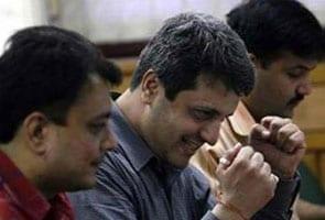 Share Baajaar Mein Abhootapoorv Uchhaal, Sensex 1000 Ank Chadha, Nifty 300 Ank Oopar