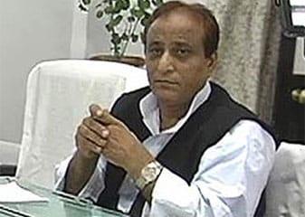 Aajam Khan Ne Chunaav Aayog Par Saadha Nishaana, Kaha, Khuda Ki Tarah Naheen Kar Sakta Bartaav