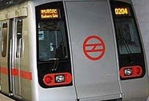 Havaai Addon, Delhi Metro Ki Suraksha Badhaaegi Seeaaiesaef