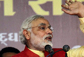 Gujarat Ke Vikaas Ke Baare Mein Mujhse Saarvajanik Bahas Kar Lein Soniya  Narendra Modi