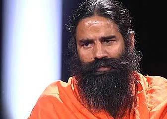 Lucknow Jila Prashaasan Ne Yog Ke Naam Par Raamadev Ke Siyaasi Prachaar Par Rok Lagaai