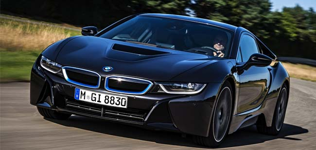 BMW Delivers First i8s to Customers in Germany