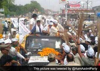 Varanasi Mein Kejriwal Ka Rod Sho, Kaha, Modi Ko Haar Ka Saamana Karna Padega