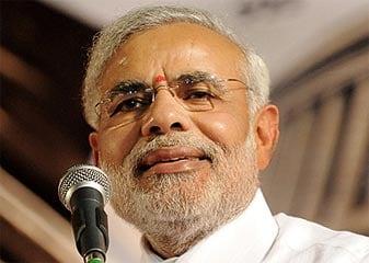 Akhilesh Ki Kalam Se  'Bhooto Na Bhavishyati Ke Andaaj Mein Banegi Modi Sarkaar. . .