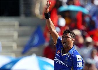 IPL-7  Hait-trik To Ho Gayi, Lekin Shatak Kab Lagega. . .