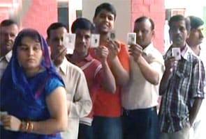 Loksabha Chunaav Ke Liye Aakhiri Daur Ka Matadaan, Modi, Mulaayam, Kejriwal Maidaan Mein