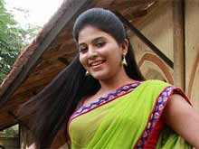 Anjali is 'Not' Getting Married, Focussed on Career