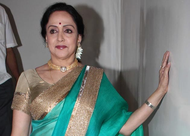 Hema Malini to Spend 66th Birthday With Family