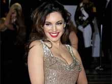 Kelly Brook, Latest Victim of Nude Photo Leak