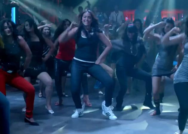 Action Jackson Movie Reviews In Hindi