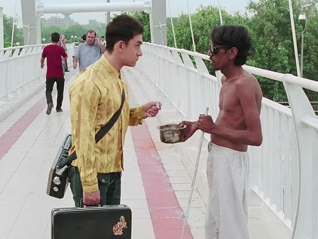 Aamir Khans PK: Meet the Extra Who Plays the Beggar on