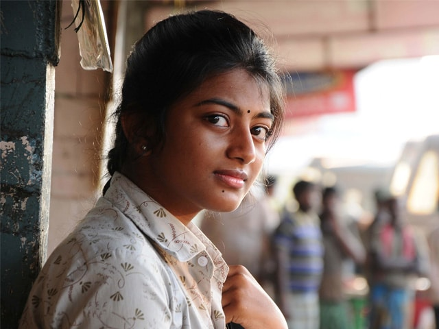 Anandhi: No Qualms in Playing Village-Based Roles