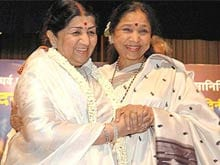 Lata Mangeshkar, Asha Bhosle Collaborate on New Album