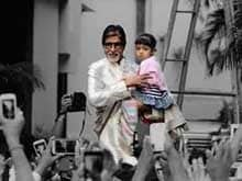 Amitabh Bachchan and Aaradhya Spend Sunday With Fans