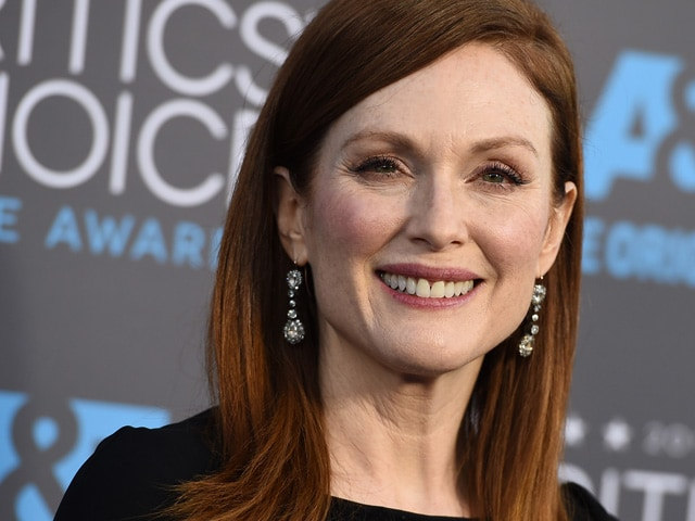 Julianne Moore In Talks For Villain Role For Kingsman A131143 on oscar look alike