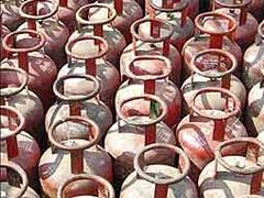 Government Saves Rs 21,000 Crore In LPG Subsidy
