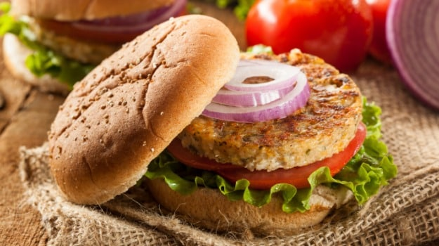 Chicken Burger Named After Canada's 1st Sikh Defence Minister