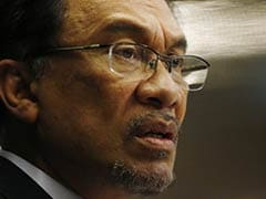 Malaysia's Anwar Jailed for Five Years After Losing Appeal in Sodomy Trial