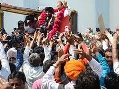Controversial Gujarat Cop DG Vanzara Leaves Jail, Says '<i>Acche Din</i>' are Back