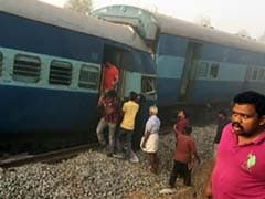 9 Dead, Over 100 Injured as Train Derails Near Tamil Nadu's Hosur