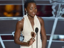 Lupita Nyong'o Has an Oops Moment on Oscar Stage