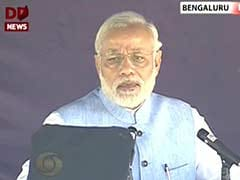 Need to Increase Defence Preparedness, Modernise Defence Forces, Says PM Modi at Aero India 2015: Highlights