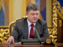 Ukraine to Seek 'Unconditional Ceasefire' During Talks:Petro Poroshenko