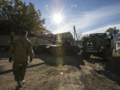 Hundreds of Russian Troops Stage Exercises Near Ukraine