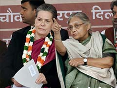 'Stop Squabbling in Public,' Sonia Gandhi Tells Congress Leaders After Delhi Debacle