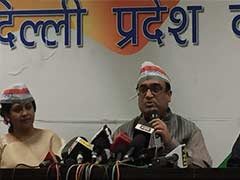 Congress to Play 'New Age' Role of Constructive Opposition in Delhi