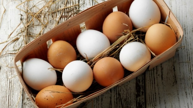 Brown Eggs vs White Eggs: Whats the Difference? - NDTV Food
