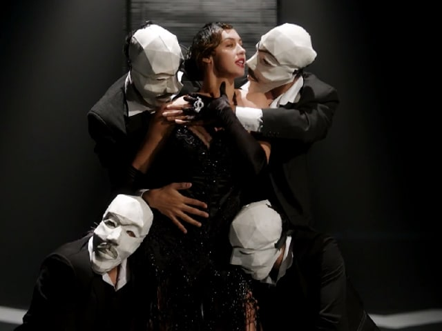 Calcutta Kiss