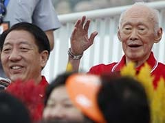 Singapore Holds Breath as Former Leader Lee Kuan Yew's Condition Worsens