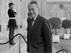 Lee Kuan Yew, Founding Father and First Prime Minister of Singapore, Dies at 91