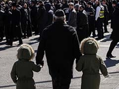 7 Children Killed in New York Fire Tragedy Buried in Israel
