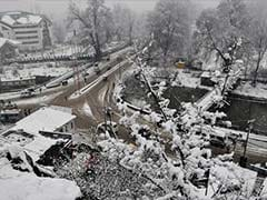 Kashmir Valley Receives Heavy Rain and Snow for the Second Consecutive Day