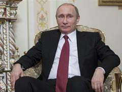 Vladimir Putin Dives in Mini-Sub to Shipwreck Off Crimea