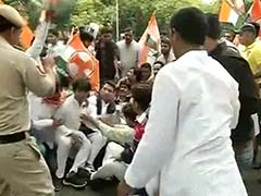 Youth Congress Protests Outside Home Minister Rajnath's Singh Residence