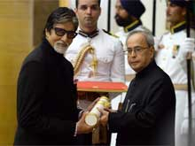 Amitabh Bachchan Receives His Padma Vibhushan; Family Attends Ceremony