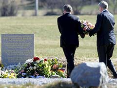 Report of Plane Passenger Video Overshadows Executives Visit to Crash Site