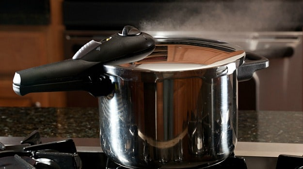 How to Cook Rice, Pulses and Meat in a Pressure Cooker