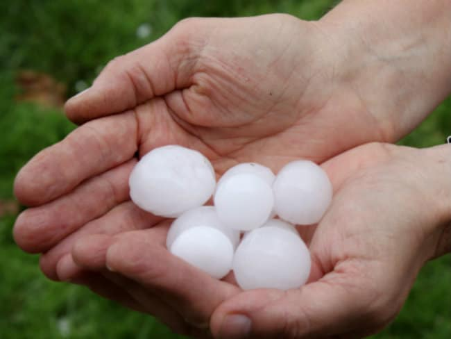 Massive Hailstorm in Mathura, 3 Killed, 150 Injured